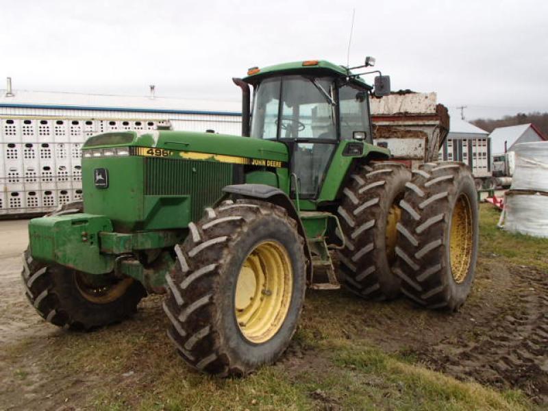 Tracteur agricole 4X4 John Deere 4960 1992 En Vente chez EquipMtl