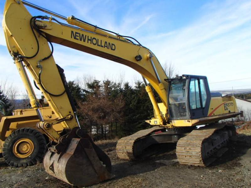 Excavatrice (20 à 39 tonnes) New Holland EC270 2002 En Vente chez EquipMtl