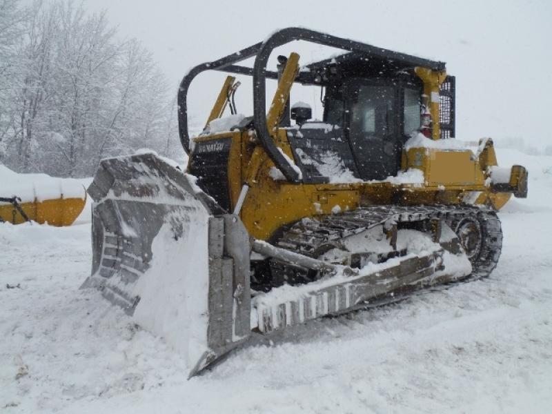Tracteur à chaînes (21 tonnes et plus) Komatsu D85EX-15 2011 En Vente chez EquipMtl