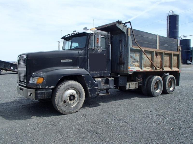 Camion dompeur 10 roues Freightliner FLD120 1991 En Vente chez EquipMtl