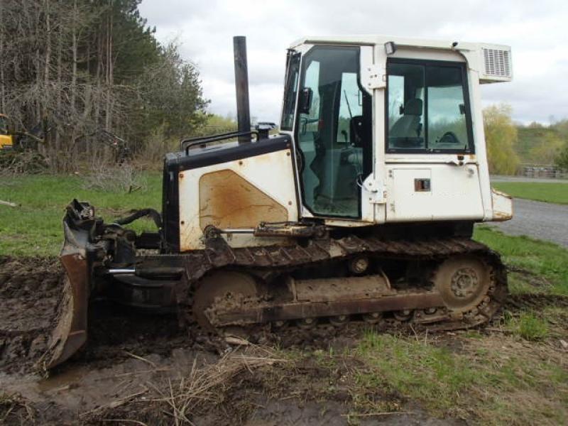 Tracteur à chaînes ( 0 à 9 tonnes) John Deere 450H 2001 Équipement en vente chez EquipMtl