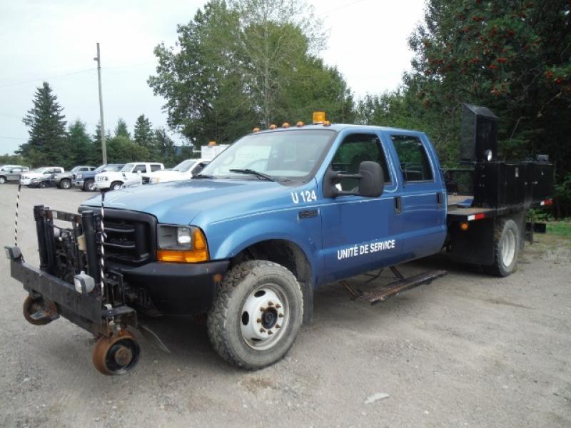 vendu Ford F450 2000 En Vente chez EquipMtl