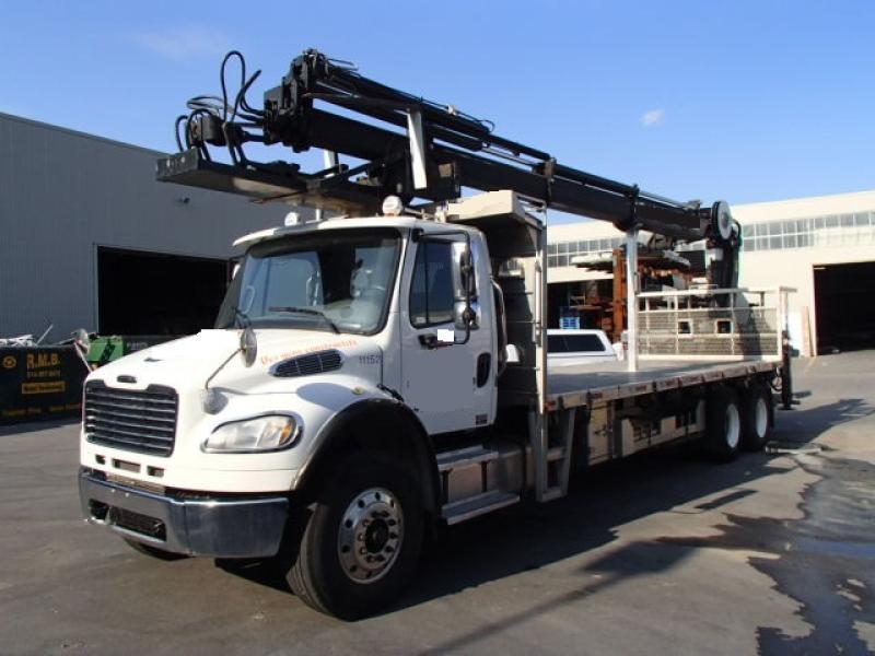 Camion grue Freightliner M2 106 2011 En Vente chez EquipMtl