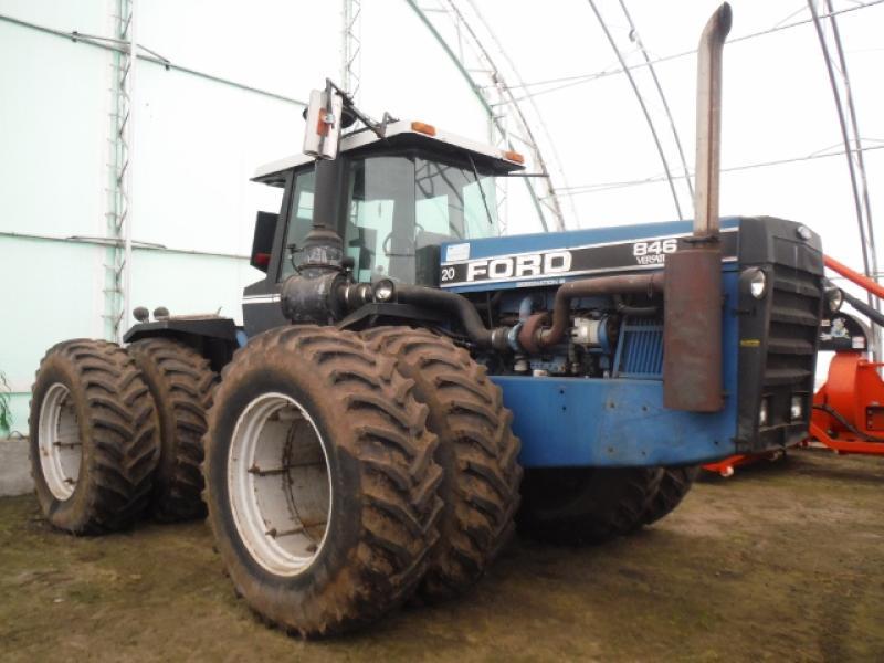 Tracteur agricole 4X4 Ford (New Holland) 846 1992 En Vente chez EquipMtl