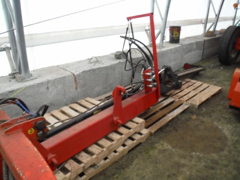 x-Attachement forestier Inotech Débroussailleuse pour tracteur En Vente chez EquipMtl