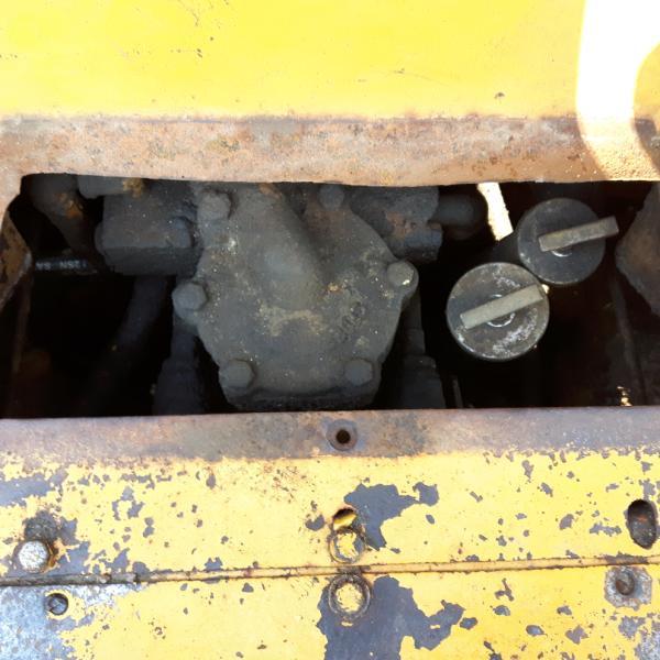 Tracteur à chaînes ( 0 à 9 tonnes) Caterpillar D3B 1988 Équipement en vente chez EquipMtl