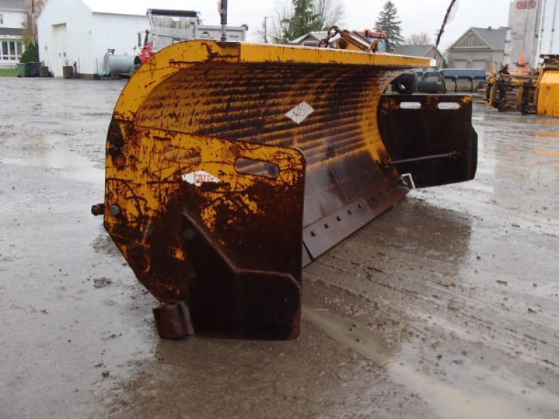 Gratte à neige Côté 0H41440H Équipement en vente chez EquipMtl