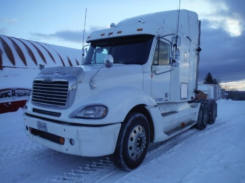 vendu Freightliner Columbia 2007 En Vente chez EquipMtl