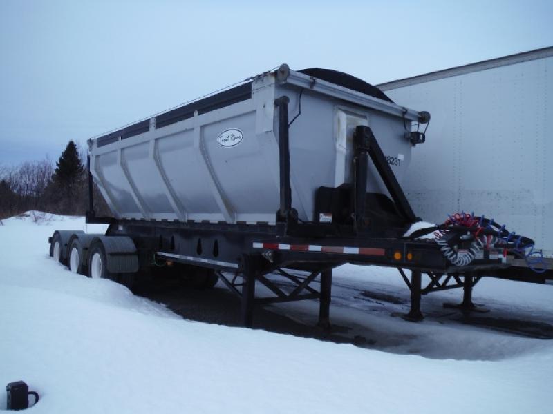 3 essieux Side Dump Trout River Side Dump 2008 En Vente chez EquipMtl