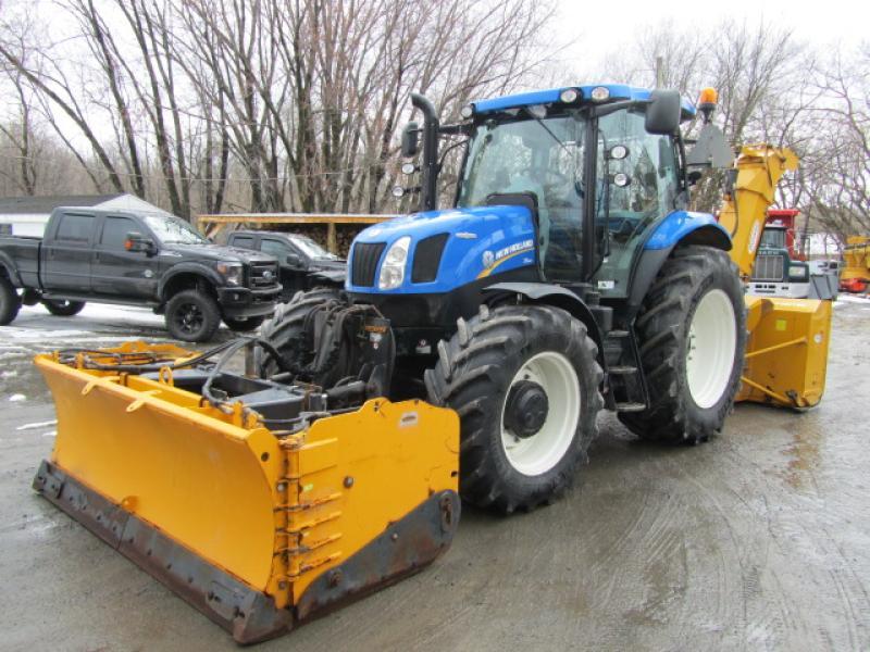Tracteur à neige New Holland T6.160AC 2015 En Vente chez EquipMtl