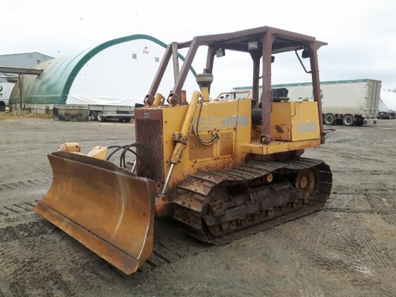 Tracteur à chaînes ( 0 à 9 tonnes) Case 850D 1988 En Vente chez EquipMtl