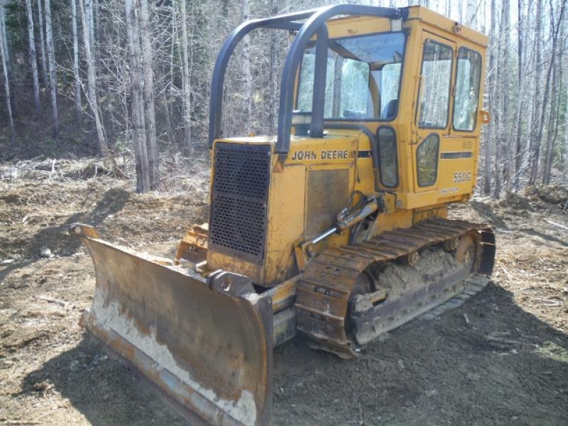 Tracteur à chaînes ( 0 à 9 tonnes) John Deere 550G LT 1989 équipement