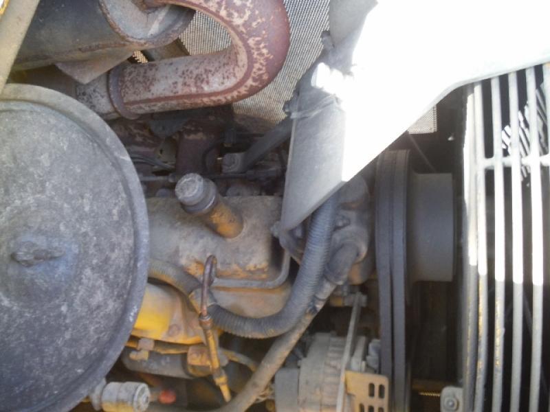 Tracteur à chaînes ( 0 à 9 tonnes) John Deere 550G LT 1989 Équipement en vente chez EquipMtl