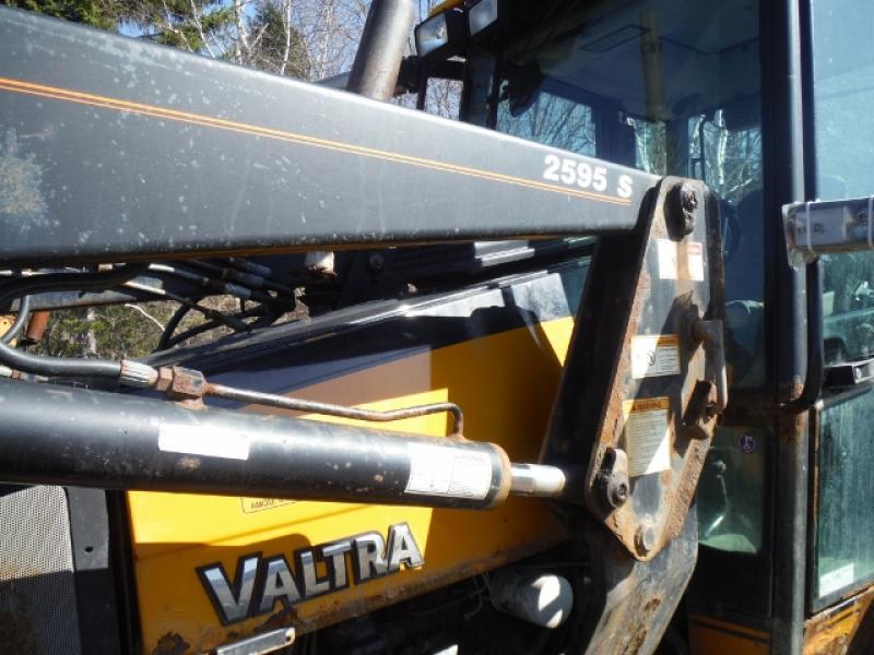 Valtra A75 2004 Équipement en vente chez EquipMtl