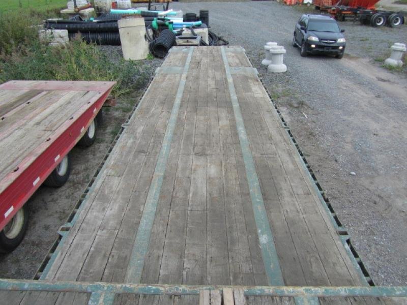 Remorque surbaissée manac 13248 2005 Équipement en vente chez EquipMtl