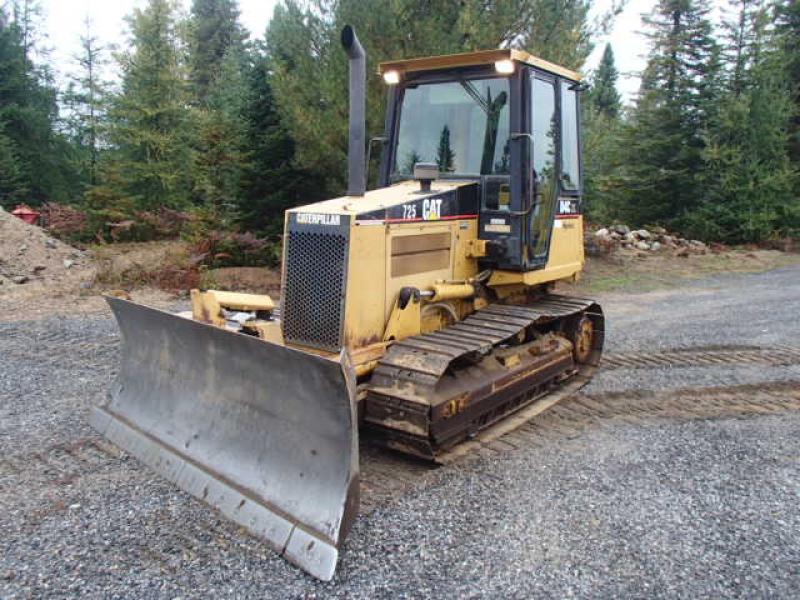 vendu Caterpillar D4C XL III 2000 En Vente chez EquipMtl
