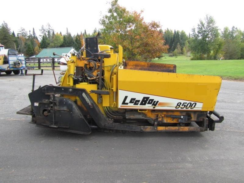 Paveuse Leeboy L8500T 1999 En Vente chez EquipMtl