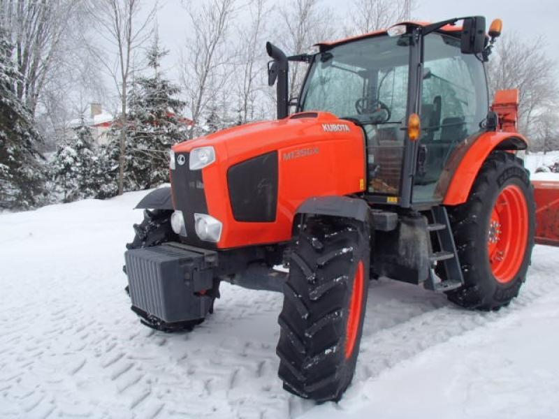 Tracteur agricole 4X4 Kubota M135GX 2015 En Vente chez EquipMtl