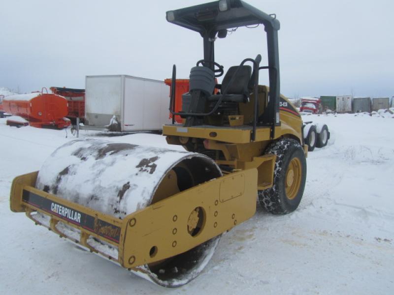 vendu Caterpillar CS-423E 2004 En Vente chez EquipMtl