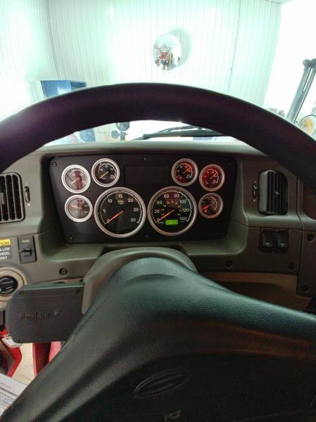 vendu Sterling L9500 2009 Équipement en vente chez EquipMtl