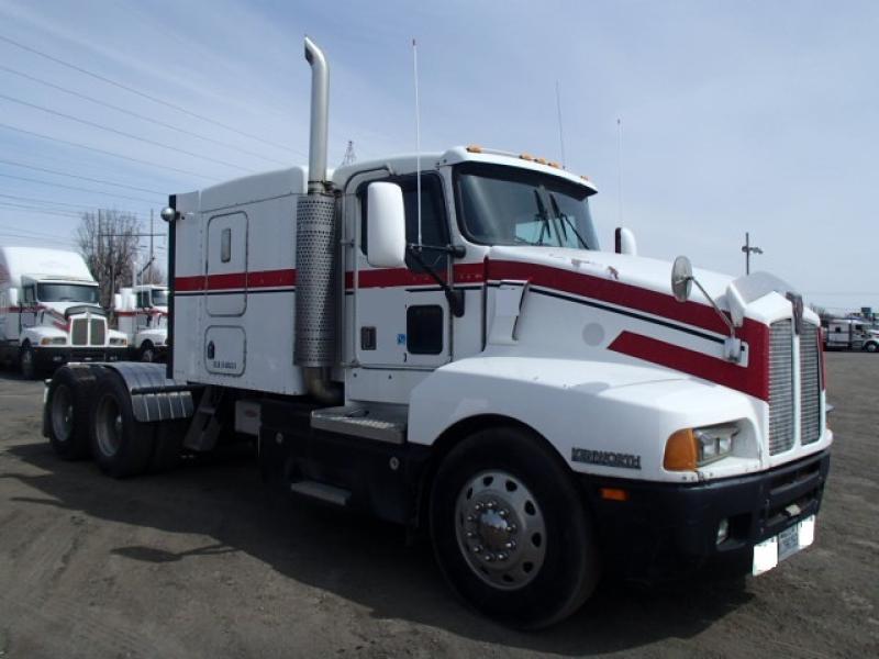 Camion Tracteur 10 roues couchette Kenworth T600 1998 En Vente chez EquipMtl