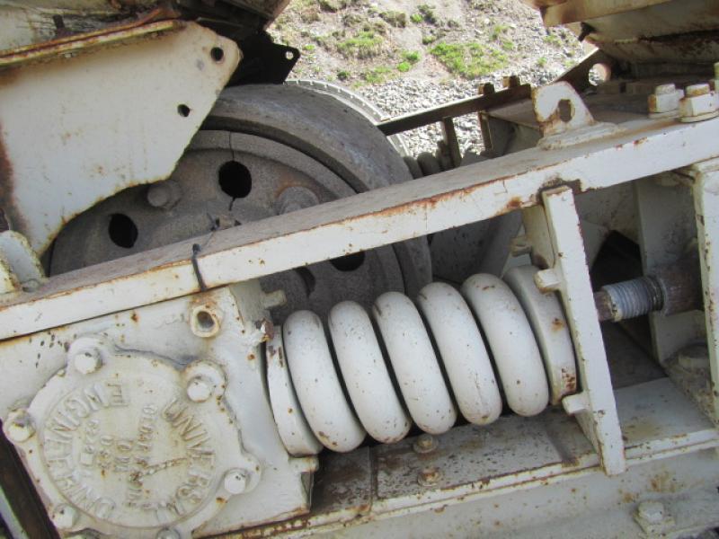Concasseur à machoires Universal 10X36 1960 Équipement en vente chez EquipMtl