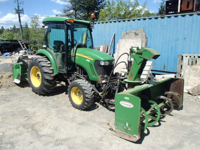Tracteur à neige John Deere 4720 2011 En Vente chez EquipMtl
