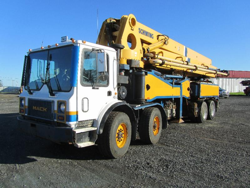 Concrete pump - Used equipment sale and brokerage EquipMtl