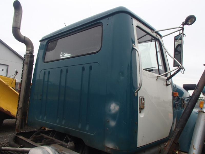 Camion à neige International 2574 1992 Équipement en vente chez EquipMtl