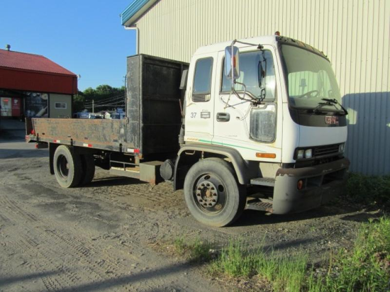Camion plateforme Gmc T6500 1999 En Vente chez EquipMtl