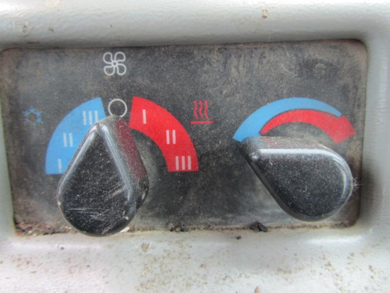 Caterpillar 525B 2001 Équipement en vente chez EquipMtl