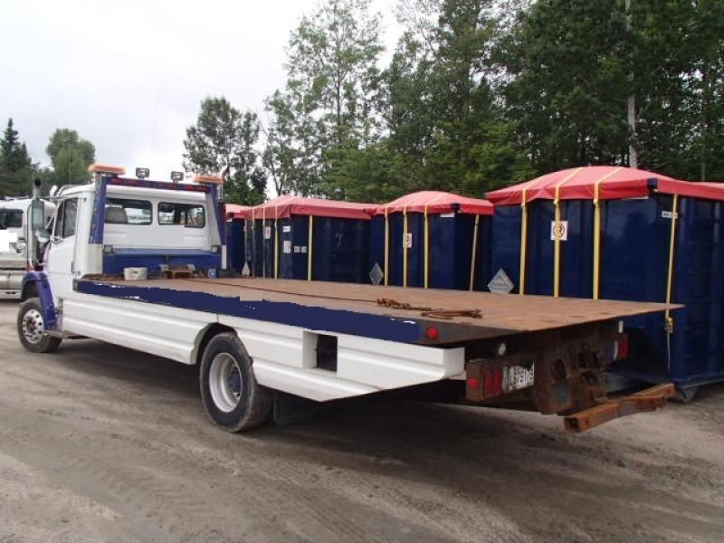 Remorqueuse Freightliner FL70 2002 Équipement en vente chez EquipMtl