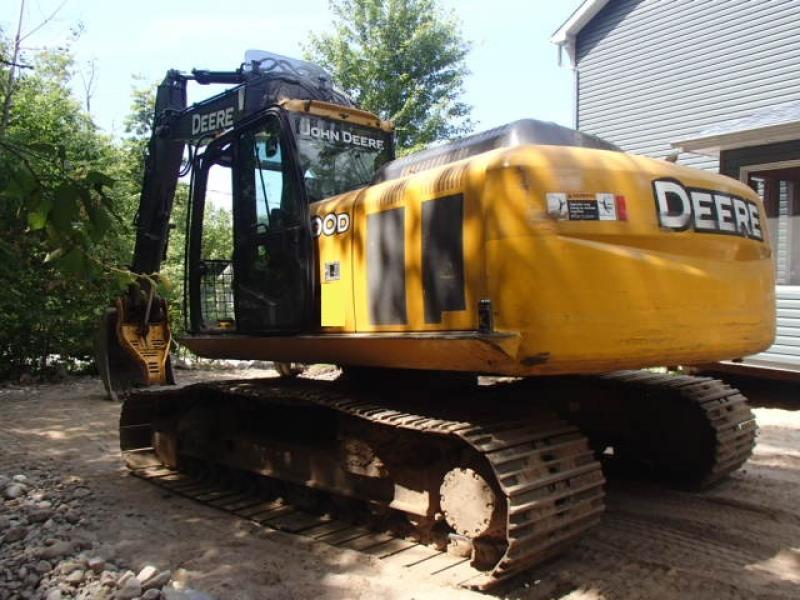 Excavatrice (20 à 39 tonnes) John Deere 200D LC 2011 En Vente chez EquipMtl