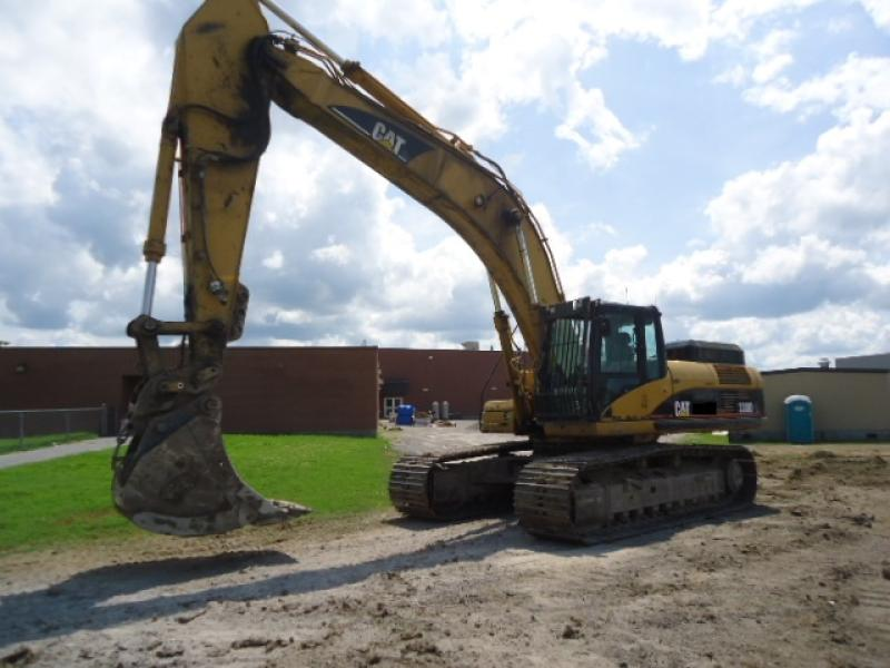 Excavatrice (20 à 39 tonnes) Caterpillar 330DL 2007 En Vente chez EquipMtl