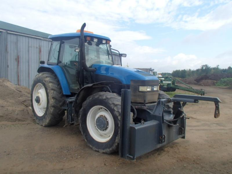 New Holland TM140 2003 En Vente chez EquipMtl