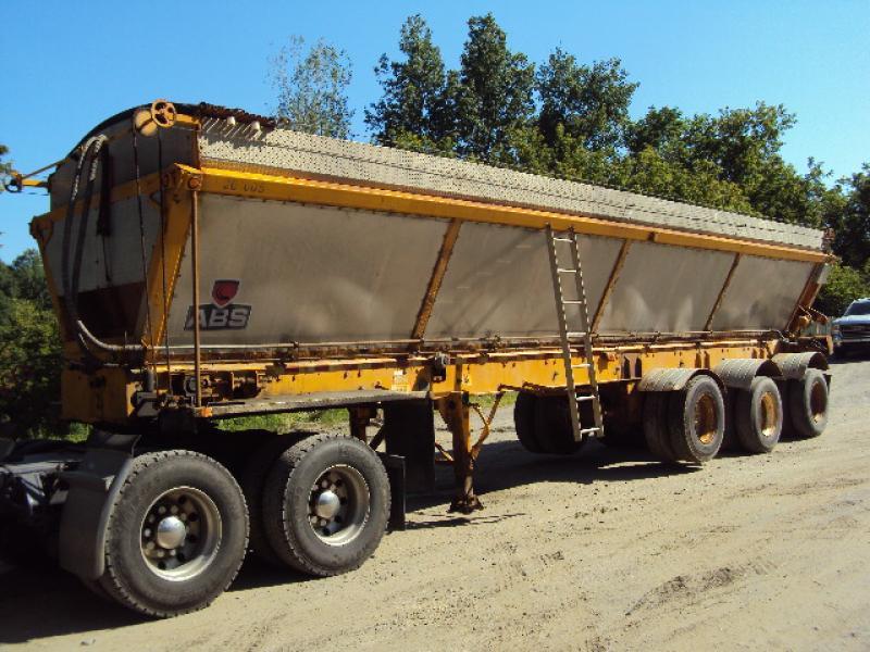 3 essieux ABS RC338 2004 En Vente chez EquipMtl