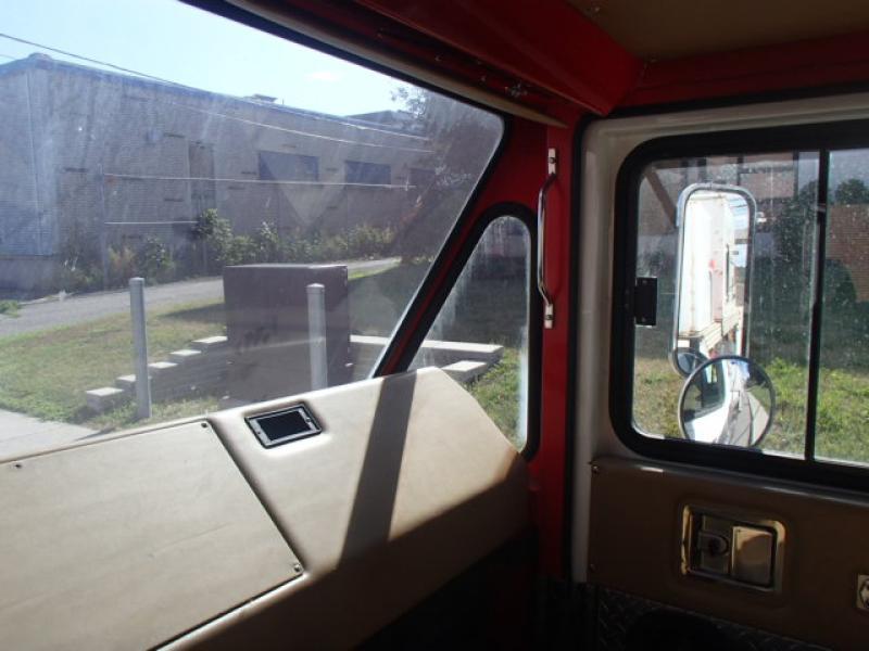 Camion nacelle Condor 118I 2001 Équipement en vente chez EquipMtl