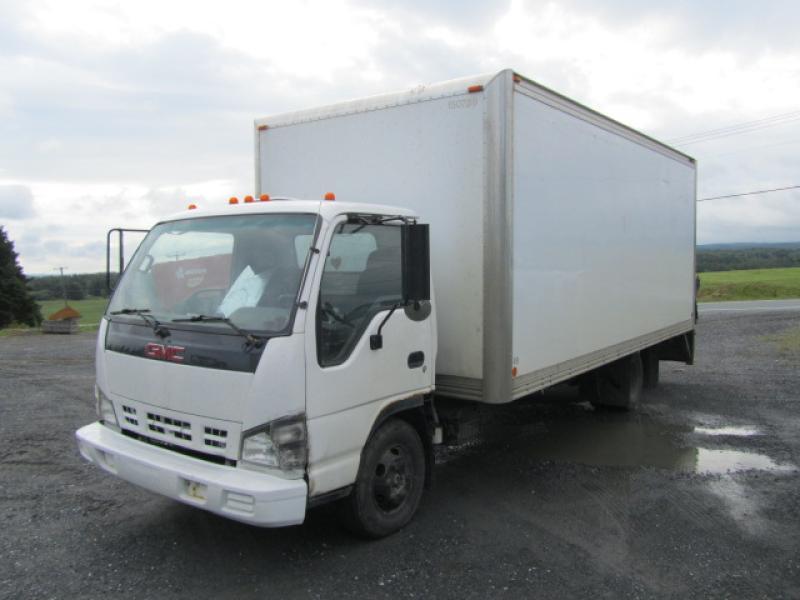 Camion-cube Gmc W4500 2007 En Vente chez EquipMtl