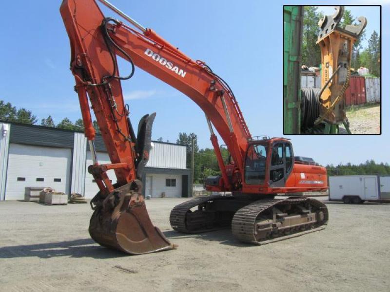 vendu Doosan /Terex DX480LC / TXC480LC-2 2008 En Vente chez EquipMtl