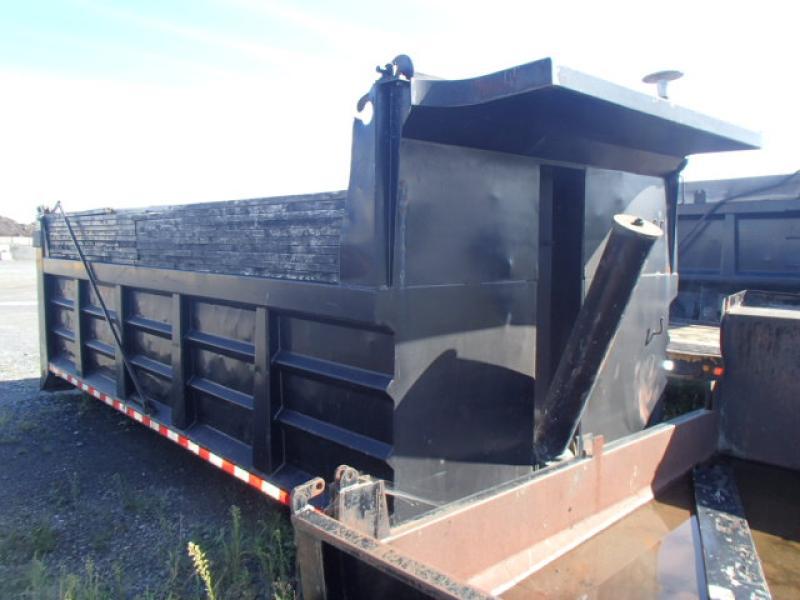 x) Attachement camion Daunais 19' En Vente chez EquipMtl