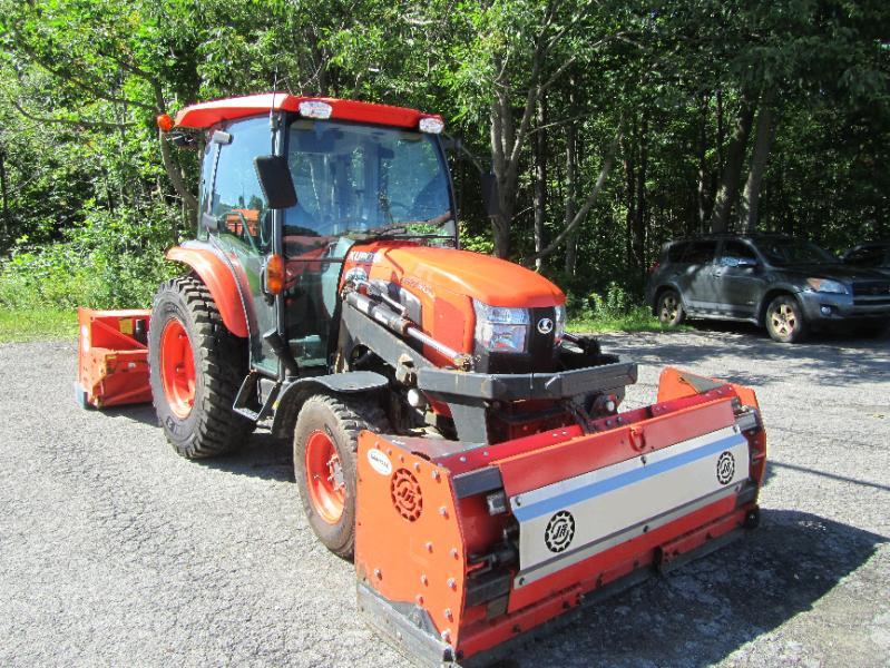 Tracteur agricole 4X4 Kubota L6060HST 2016 En Vente chez EquipMtl