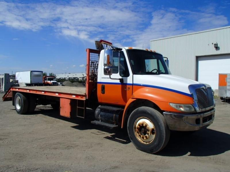 International 4300 2003 En Vente chez EquipMtl