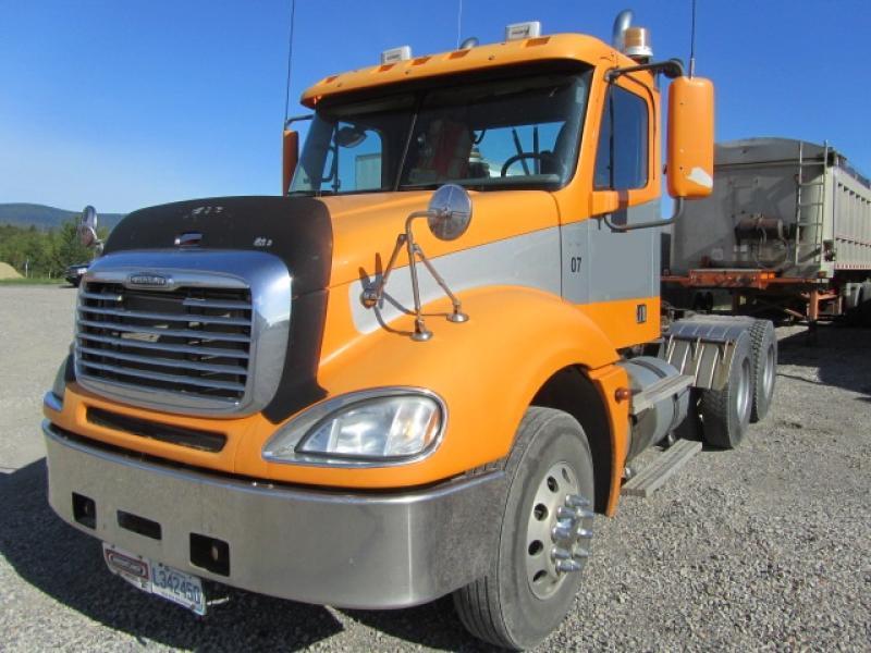 vendu Freightliner Columbia 2005 En Vente chez EquipMtl