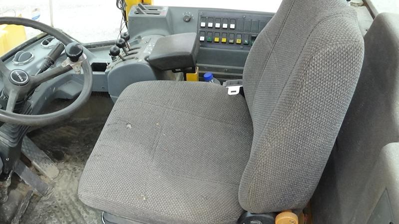 Volvo L120C 1999 Équipement en vente chez EquipMtl