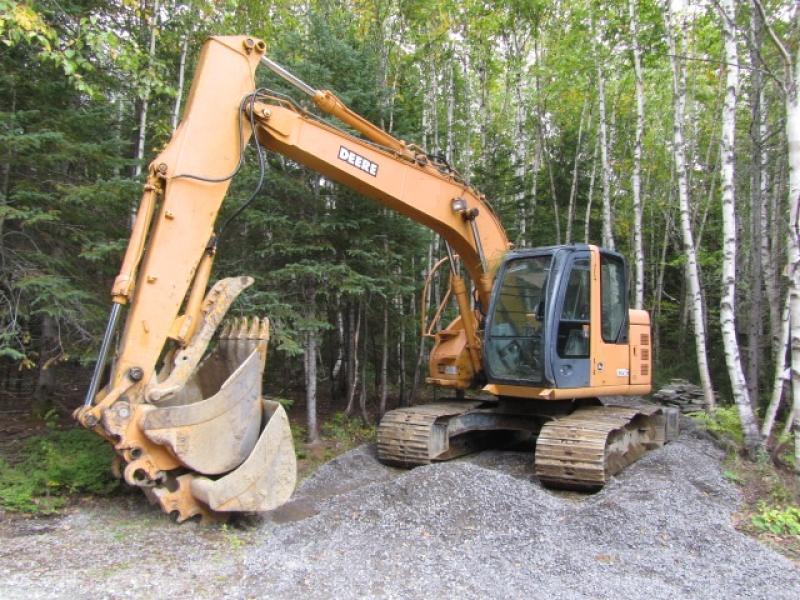 Excavatrice ( 9 à 19 tonnes) John Deere 135C RTS 2004 En Vente chez EquipMtl