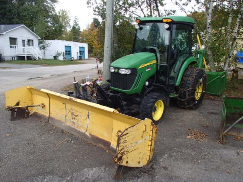 Tracteur agricole 4X4 John Deere 4720 2008 En Vente chez EquipMtl