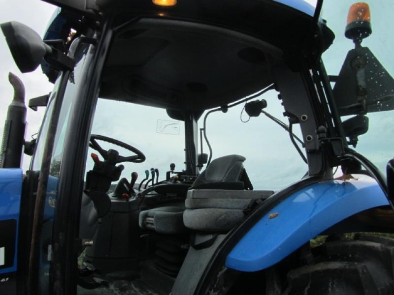 New Holland TS100A 2005 Équipement en vente chez EquipMtl