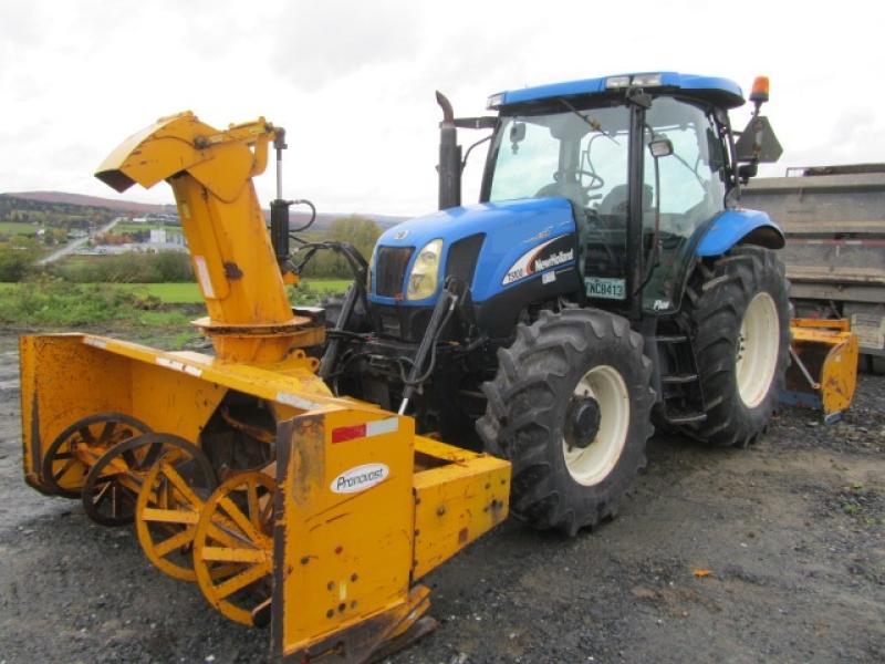 Tracteur agricole 4X4 New Holland TS100A 2005 En Vente chez EquipMtl