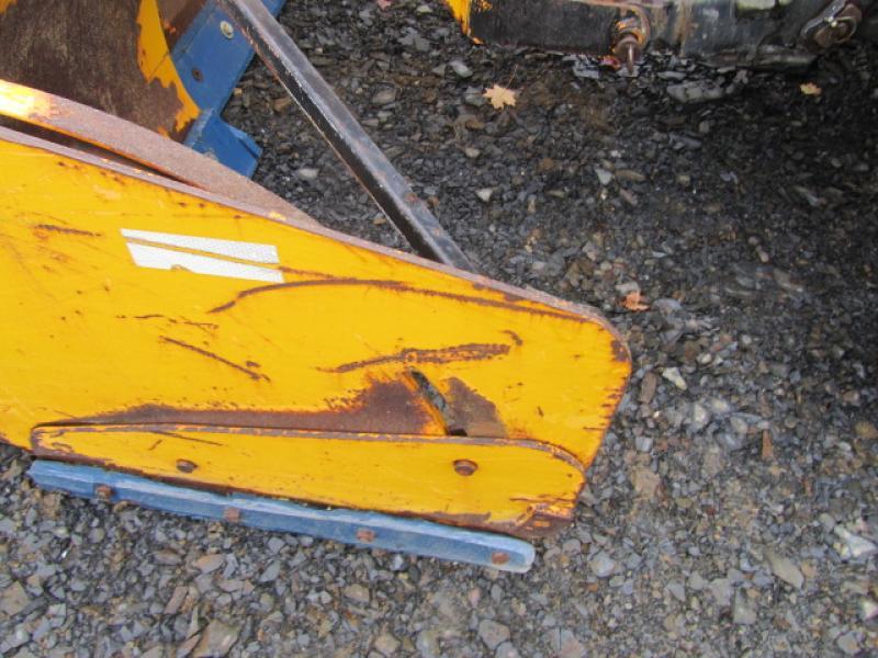Tracteur agricole 4X4 New Holland TS100A 2005 Équipement en vente chez EquipMtl