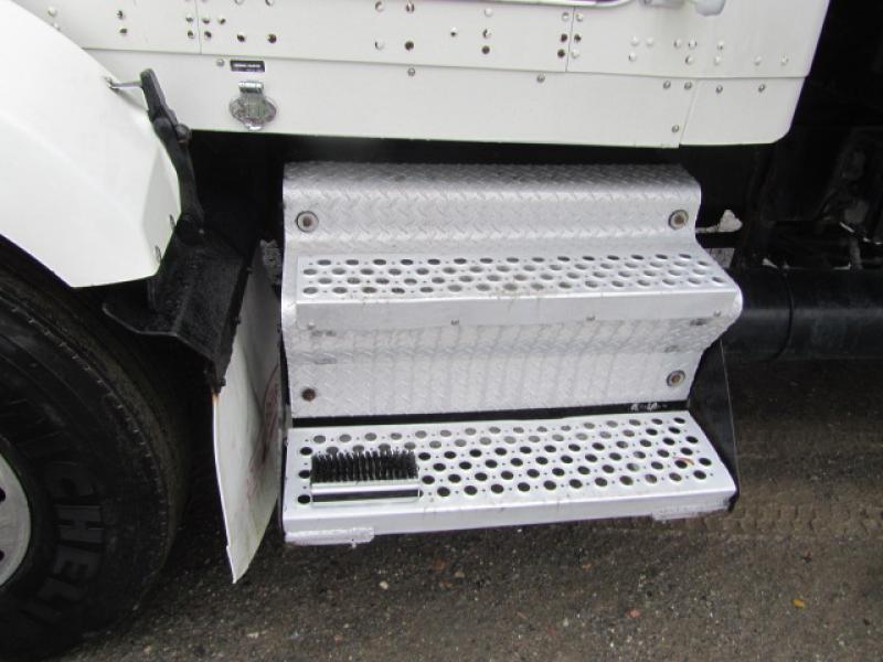 Camion grue Kenworth T800 1999 Équipement en vente chez EquipMtl
